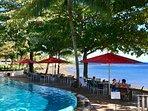 le snack de l'hôtel, entre la piscine et l'Ocean Pacifique
