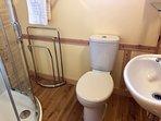 Bramble Lodge - Bathroom