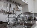 Kitchen - utensils/sink