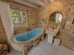 Bath with minoan bathtub