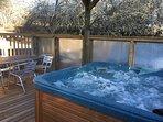 6 seat hot tub