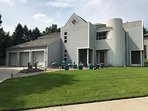Modern Luxury Spacious 4bd/5bath w/ Gourmet Kit. Home Theater - Central Location