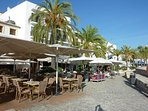 Many restaurants by the marina in Moraira