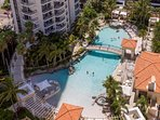 Chevron-Renaissance-Apartment-Pool-View-2-900x540_L-fc8539de-3913-4d62-93ee-f20ca2f548f7.jpg