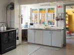 Una de las 2 cocinas completas equipadas para 20 personas