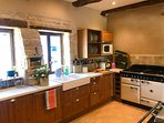 fully equipped kitchen with range cooker