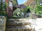 Extérieur privatif l'Oustal côté jardin
