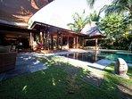 Villa Shambala - Poolside