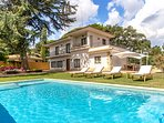 Catalunya Casas: Alluring Villa Pedrosa up to 10 guests, only 15min drive to the