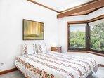 3nd Bedroom (Queen Size bed)