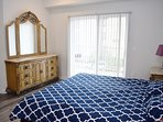King bed with balcony view and ensuite restroom