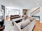 Elegantly Updated Albany Park 4BR/3.5BA w/ Private Fenced Yard & Garage