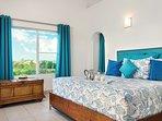 Crystal Sands Villa - Penthouse King bedroom!