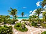 Crystal Sands Villa - Beautiful tropical gardens!