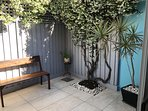 Modern, renovated, 2 level terrace, close to the city, SCG and lots more!