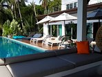 Outside terrasse area around pool.