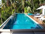 17 meter long swimming pool, perfect for morning exercise.