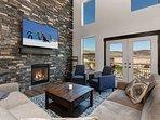 Brand-New 4BR w/ Private Hot Tub & Fireplace - Near Ski Resorts & State Park