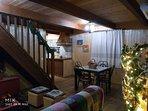 Salón con decoración navideña, disponible,durante todo el mes de diciembre y hasta el día 7 de enero