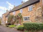Bridge Hill Cottage, a stunning holiday home in the heart of Hook Norton