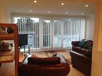 Fully refurbished 4 bed house with gas central heating, well equipped kitchen and large lounge