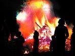 Beim Riesenlagerfeuer