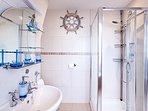 Master en-suite shower room