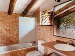 Attic Triple Suite's Bathroom