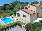 Spacious villa in Kringa with Parking, Internet, Washing machine, Air conditioni