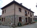 Spacious house in Escalona del Alberche with Parking, Washing machine, Air condi