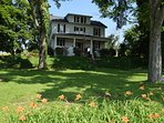 Shoff-Read Century Farmhouse Vacation Rental