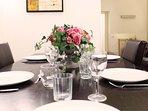 Bernini - dining table