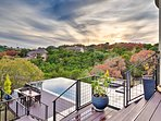 Step outside to enjoy the mesmerizing Texas Hill Country views!