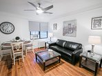 Pelham Train Station 1 Bed 1 Bath - 4- 28 Minutes to Grand Central