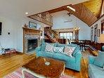 Spacious custom home w/ 2 decks, bay view & fireplace - near beach/bike path!