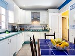 Fully equipped kitchen with gas hob, Nespresso machine and dishwasher