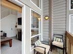 Small balcony w/ electric grill