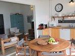 Vue cuisine-salon