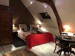 chambre LOUIS à l'étage(2 ou 3 lits simples)