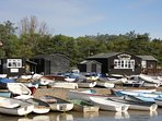 1 minute walk to famous Riverside Tea Rooms, fresh fish and crabbing