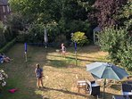 Large garden with plenty of space to play, bbq and eat alfresco within 1 minute walk of Orford Quay