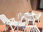 patio sul retro della casa per un estremo relax