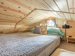 Upstairs loft queen bed sleeps 2 adults & a small child comfortably
