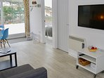 Spacious accommodation with a large Smart TV and fibre broadband