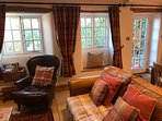 Lounge area with door to the garden