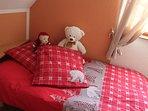 Chambre avec deux lits séparés (90)
