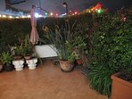Illuminazione notturna ed ombrelloni per rendere il Terrazzo vivibile al fresco protetti da umidità