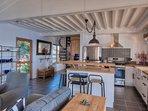 Living room and open kitchen - Pelican Peak Villa - Tortola Virgin Islands (GB)