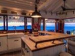 Living room and open kitchen 5 p.m. - Pelican Peak Villa - Tortola Virgin Islands (GB)