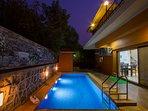 Pool villa in Wada